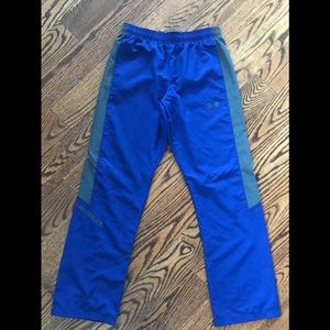Youth Under Armour sweatpants Size XL